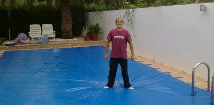 Cobertores para piscinas de seguridad ideales para el for Piscinas de invierno